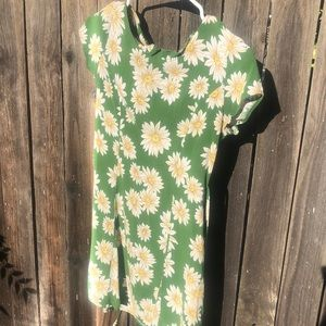 Forever 21 Dresses - Summer FLORAL Dress